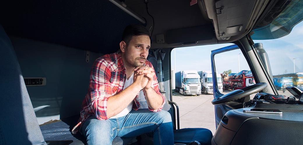Jak wygląda praca kierowcy tira w Polsce?